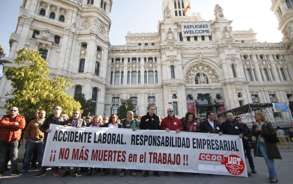 Concentración contra las muertes por accidente laboral en Madrid